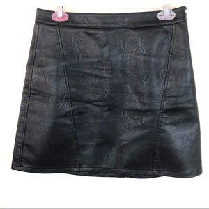 Zara | Vegan Leather Skirt Size M